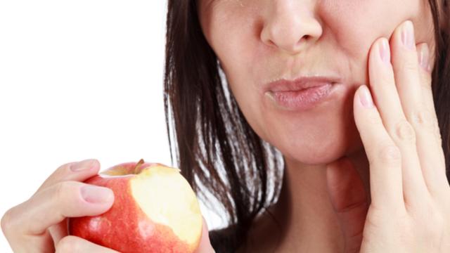 गर्भावस्था के दौरान और इसके बाद अपने मुंह और दांतों को ऐसे रखें साफ़